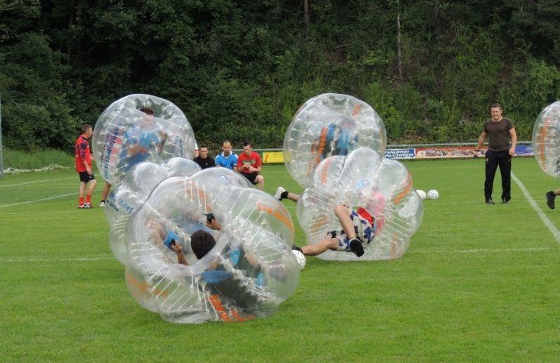 bubble soccer verleih in tirol bildergalerie bubbles soccer verleih. Black Bedroom Furniture Sets. Home Design Ideas
